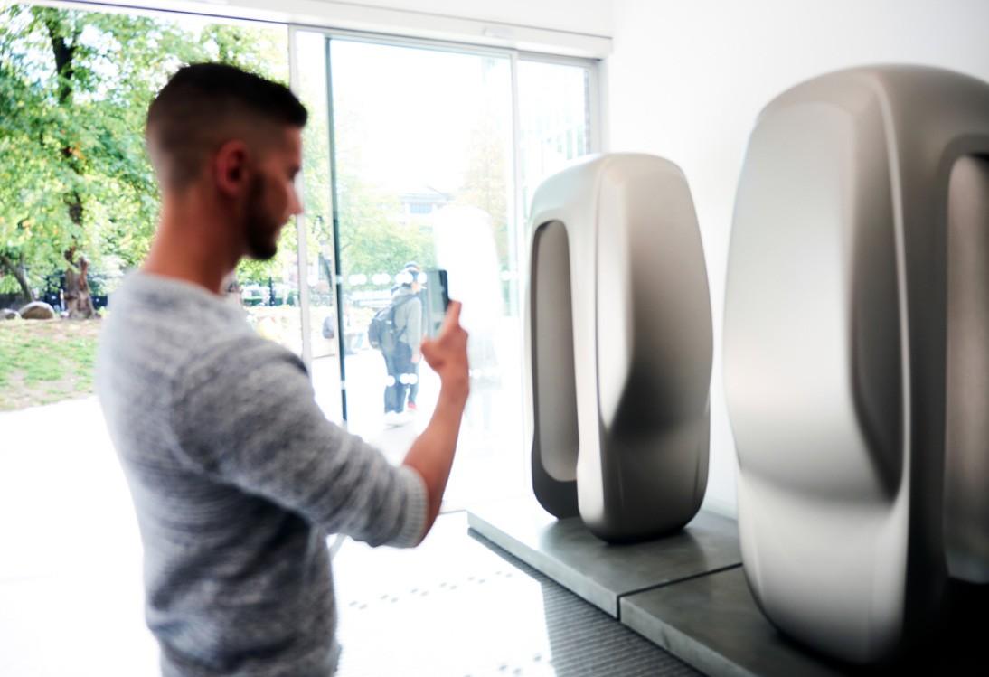 Land Rover Sculpture Revealed at London Design Festival