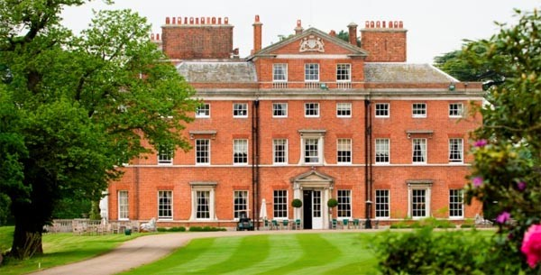 Invitation to Brocket Hall - Arts & Entertainment and Wine Clubs