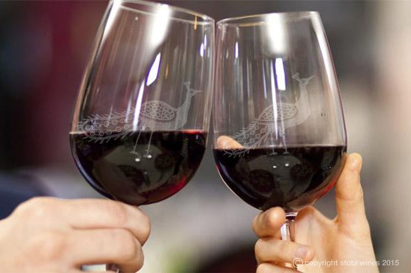 Is Your Wine Glass Changing Your Behaviour?