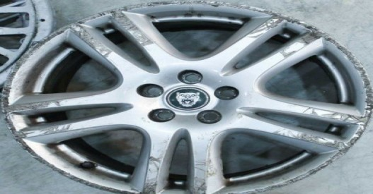 Where can I get Jaguar Alloy Wheels Powder Coated in London?