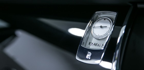 rolls royce dawn clock