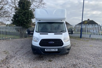 Ford Transit Luton  Tail Lift