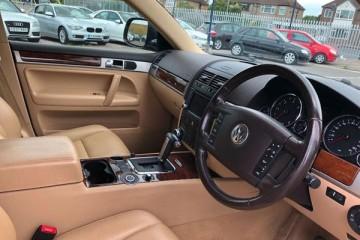 VW Touareg SE TDI V6