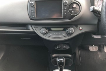 Toyota Yaris  Design Hybrid